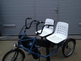 therapeutisches_parallel_tandem_dreirad_therapie_fahrrad_pf_side_by_side_