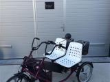 therapeutisches_parallel_tandem_dreirad_trike_therapie_fahrrad_pf_side_by_side_rot_
