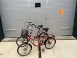 therapeutisches_parallel_tandem_dreirad_trike_therapie_fahrrad_roam_duo_fahrrad_ahaus